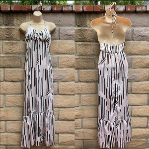 S- Romeo & Juliet Couture Maxi dress